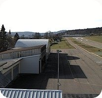 Les Eplatures Airport webcam