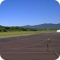 Front Royal Warren County Airport webcam