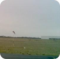 Aerodrome d'Etampes-Mondesir Airport webcam