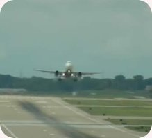 Milwaukee General Mitchell International Airport webcam